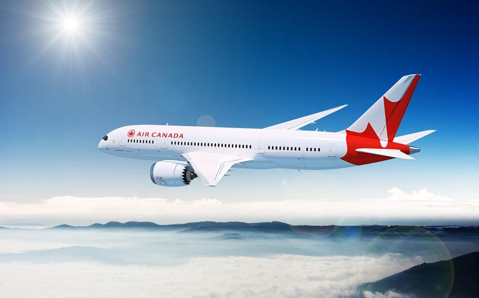 Лайнер Air Canada вернулся в Ванкувер из-за пассажира, недовольного меню